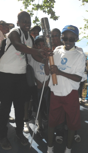 Rajesh with Queen's Baton